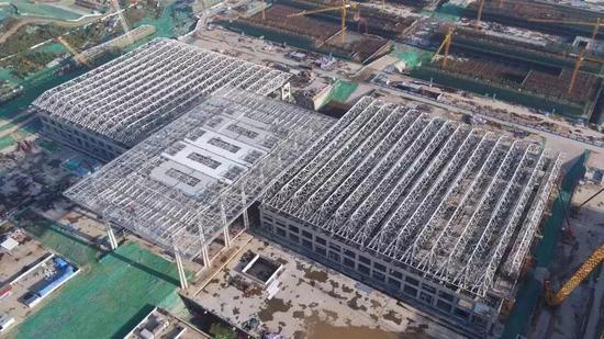 ▲展览中心钢结构封顶
