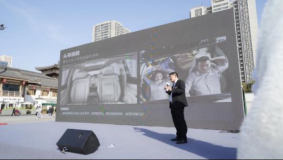 陕西汽贸内训师对五菱凯捷进行了专业的讲解