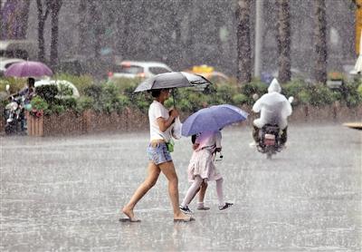 陜西多地昨迎暴雨 西安多路段積水嚴重