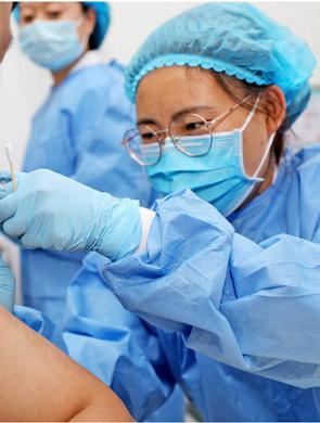 西安新冠疫苗接种人数增多