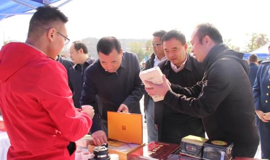 西咸新区开展2020年食品安全宣传活动