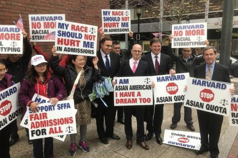 哈佛大学歧视亚裔案:否认