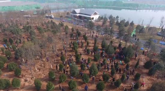 建好生态廊道 打造宜居宜业的花园式新区