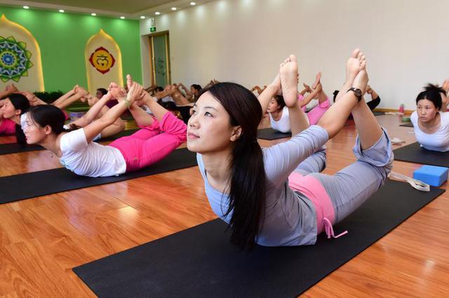 90后女大学生创立共享瑜伽 成西安首个共享经济模式