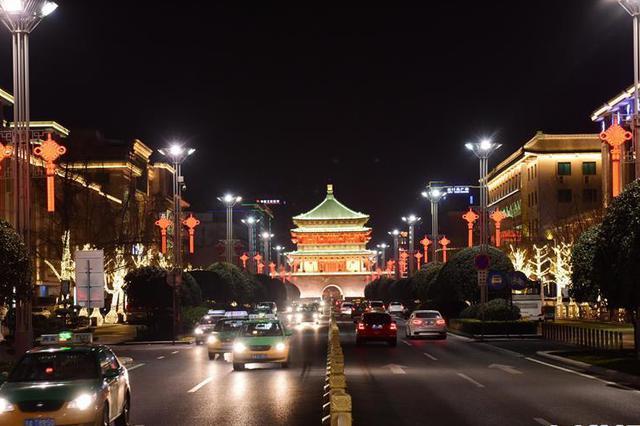 西安:流光溢彩迎新春