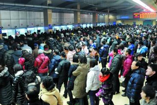 陕西铁路公路客流大幅回升 以短途探亲及旅游为主