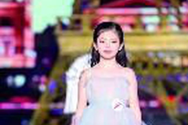 宝鸡市9岁女孩常一凡获国际少儿模特D组金奖