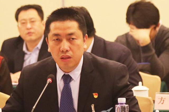 赵平代表:校企融合培养解决三线企业人才断档