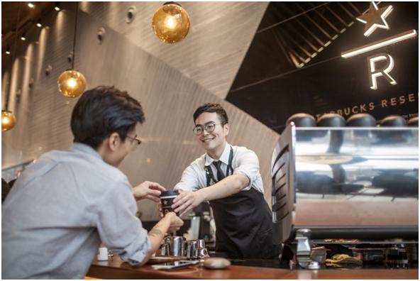 星巴克西安钟楼店全新升级臻选咖啡体验