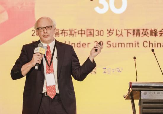 福布斯环球媒体控股有限公司首席中国顾问福布斯中国总编范鲁贤解读榜单