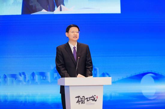 苏州市委副书记、市长李亚平致辞