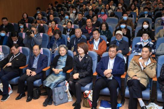 中国工艺美术学会织锦专业委员会2020年年会暨全国织锦技艺学术研讨会在苏举办