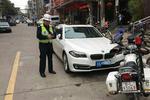 当着民警的面拉警报 吴中区东山一私家车被处理