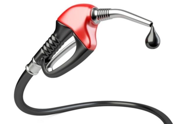 """汽柴油迎""""两连涨"""" 92号汽油涨了0.14元/升"""