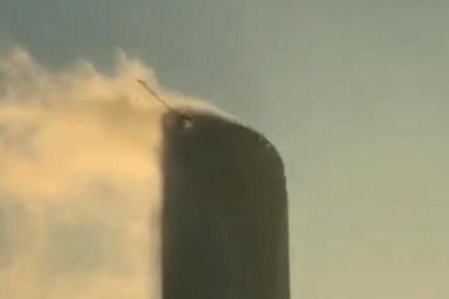 ladbrokes立博第一高楼发生火灾?消防:实为云雾