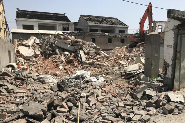"""拆迁区域也要下重拳 ——城南街道对拆迁区域""""散乱污""""开火"""