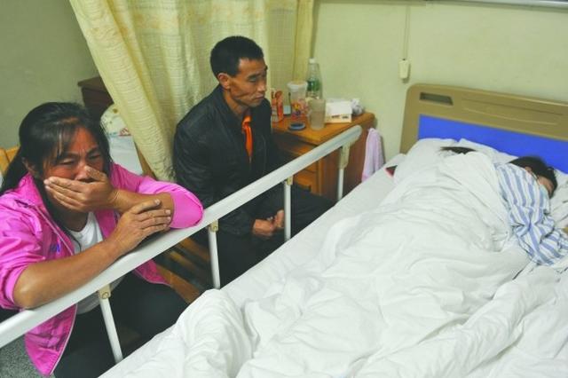 38岁女儿陷入昏迷 672个日夜苏州父亲唤她醒来