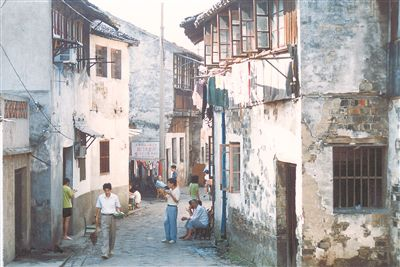 上世纪90年代阊门吊桥 供图 江苏省档案局