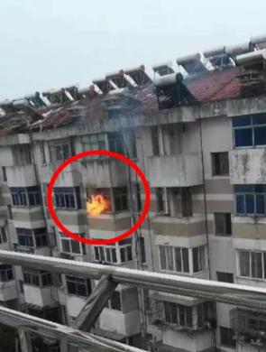 泰州42岁男子大火中丧生 留下13岁儿子