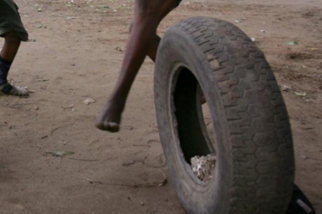刚换的新轮胎几天后就漏气 厂家检测报告一个月还未来