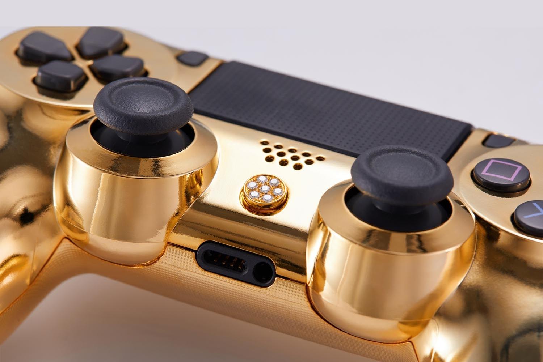 游戏也要玩出奢侈感 PS4土豪金手柄卖10万