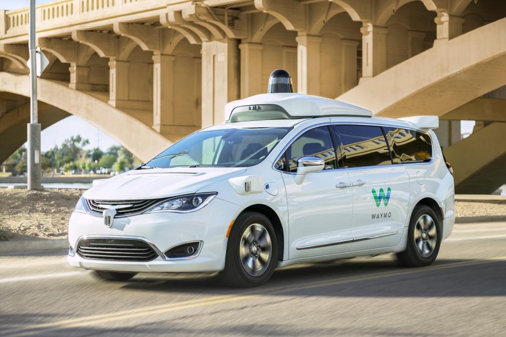 已经上路的谷歌自动驾驶出租车 看起来很厉害
