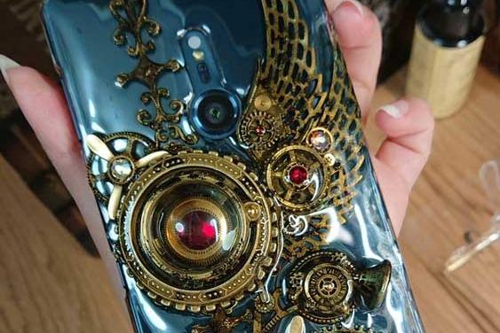 手工帝自制蒸汽朋克风格手机壳 华丽炫彩至极
