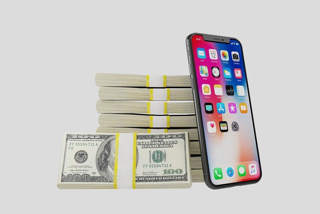 号称世界最大的手机钱包 还给妹子们带来小惊喜