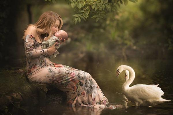 油画质感般的亲子照 用照片诉说母性的伟大