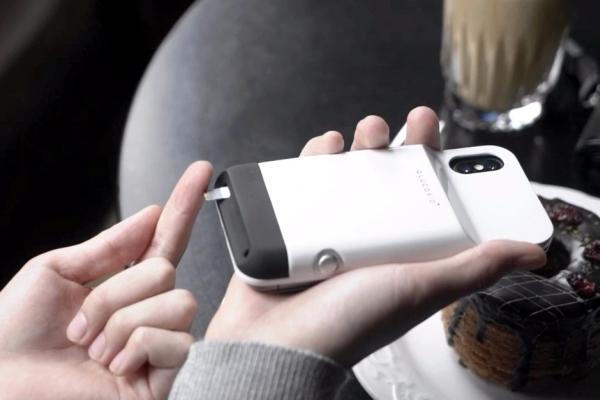 这款手机壳能把iPhone变成智能血糖仪