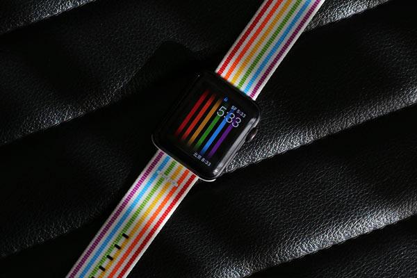 苹果全新彩虹表带图赏:售价394元
