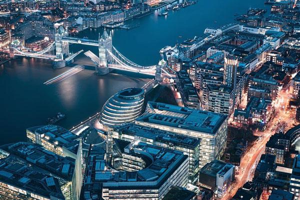 科幻色调的迷人都市 现代与未来融合的伦敦城