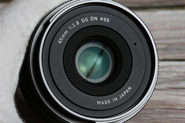 复古造型小巧玲珑 适马45mm f/2.8外观开箱图赏