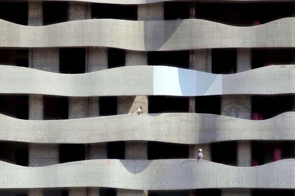 巧妙的城市空间构成 层叠的极简视觉