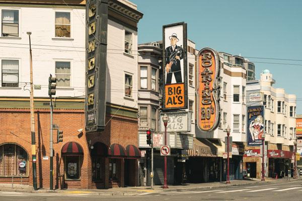 盛夏淡雅的加州风情 复古风美式建筑
