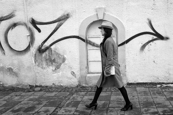 浓郁黑白街头舞台 挑战最敏感的视觉冲击