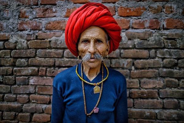 色彩浓郁的印度肖像 刻画内心的异域面容