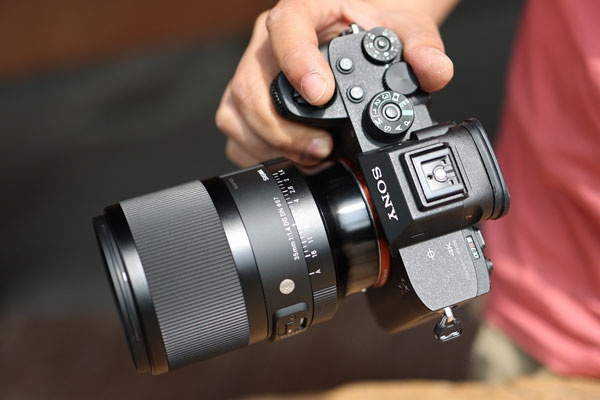 小巧轻便的人文定焦头 适马35mm F1.4 DG DN Art外观图赏