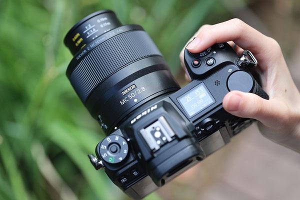 小巧轻便易携带 尼克尔Z MC 50mm f/2.8外观实拍图赏