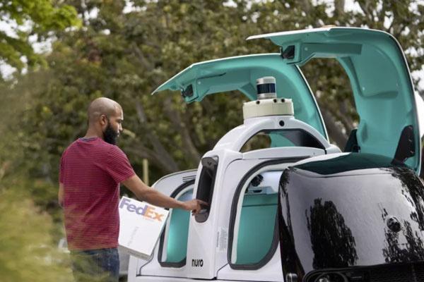 联邦快递正在部署Nuro公司研发的无人驾驶送货车