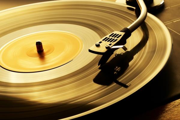 LP也有HI-Res? 高清黑胶拟明年上市