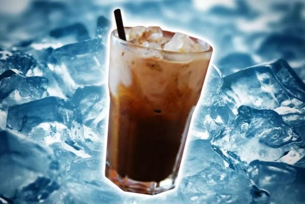 """7-11推出""""黑科技咖啡"""":拧一拧常温变冰冻"""