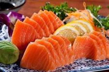 流言揭秘:鱼片有营养,生吃好吗?