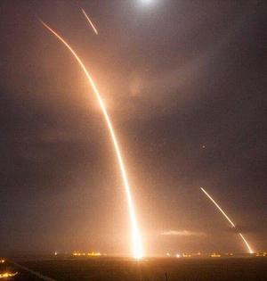 SpaceX猎鹰9号火箭回收视频公开