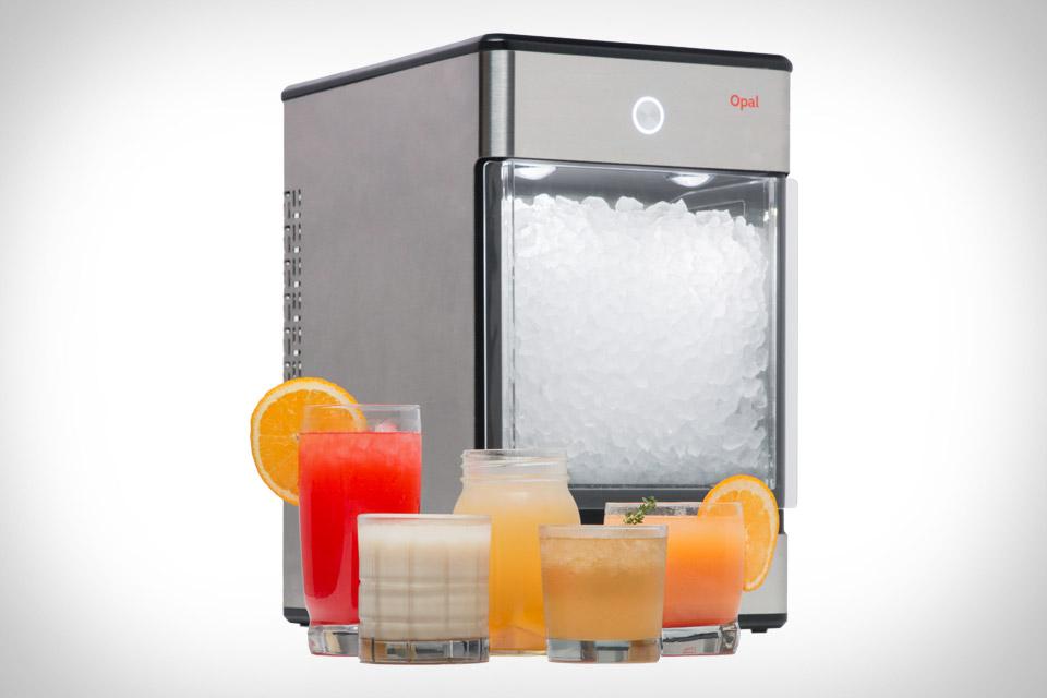 给果汁喝酒加点灵感 用制冰机来干这事