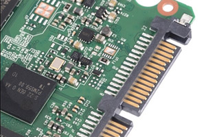 谁主沉浮 固态硬盘接口谁将成为未来主流
