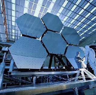 """韦伯太空望远镜将建成可""""穿越时间"""""""