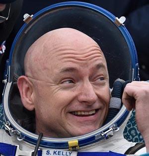 美宇航员斯科特返回地球创纪录