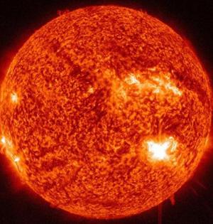 广义相对论存疑:地球太阳距离加大