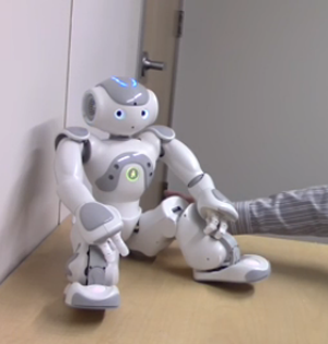 3D打印机器人酷似斯嘉丽-约翰逊